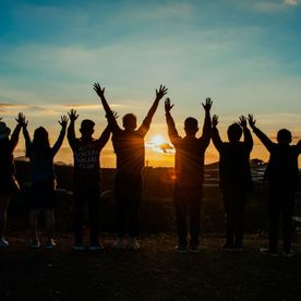 teambuilding photo in sunset